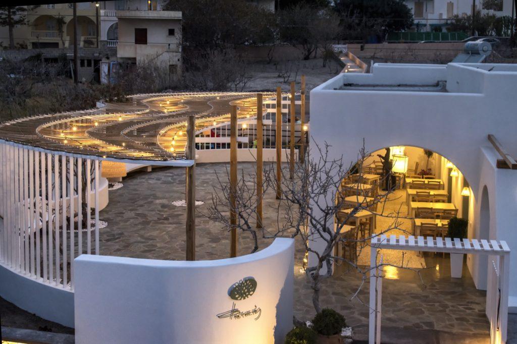 Fistikies Kamari Santorini Φιστικιές Φυστικιές Καμάρι Σαντορίνη Εστιατόριο Μεσογειακή Κουζίνα Mediterranean Cuizine Φάβα, Ασύρτικο, Βινσάντο